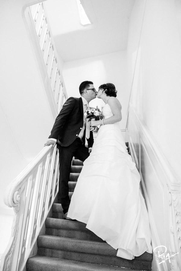 bruidspaar-kus-stadhouderlijkhof-leeuwarden
