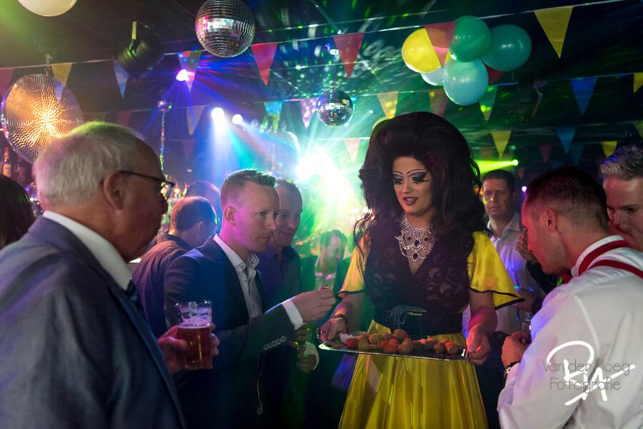 Bruidsfotograaf trouwfotograaf fotograaf cafe regenboog Eindhoven