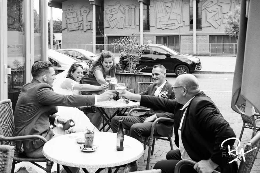 Trouwfotograaf Son & Breugel gezocht toost