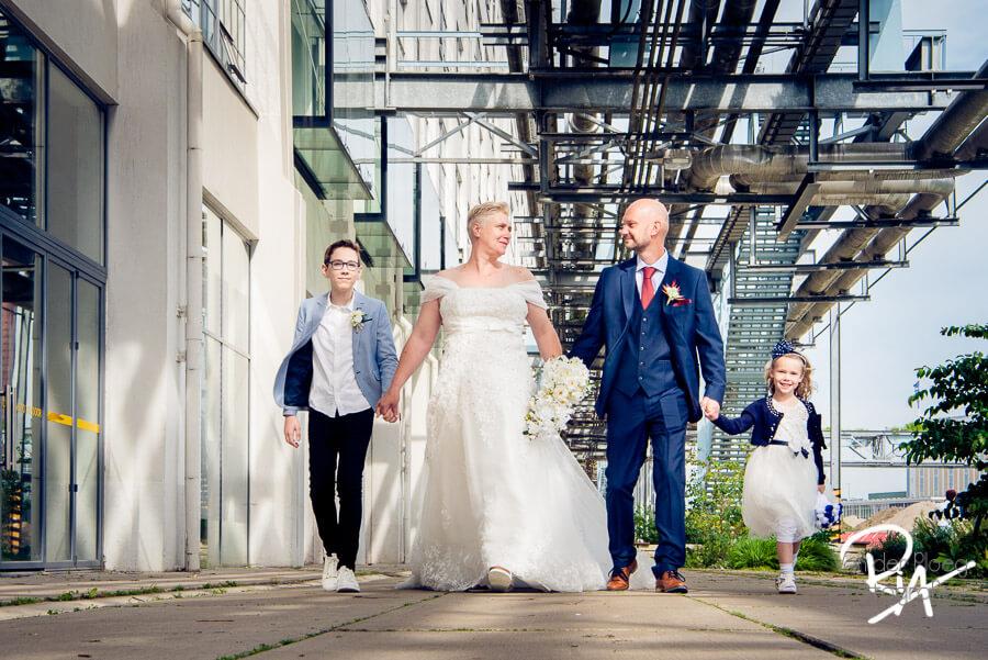 Trouwfotograaf eindhoven strijp bruiloft kinderen