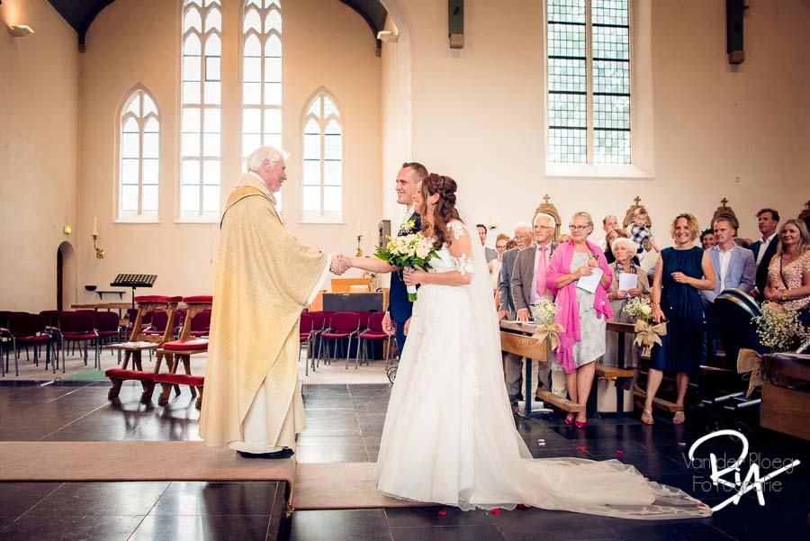 trouwfotograaf huwelijk genovevakerk breugel